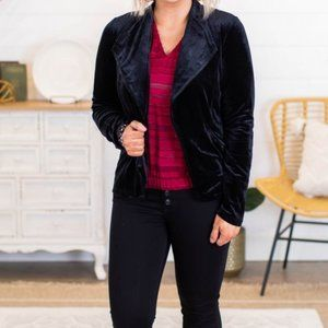 velvet blazer • black  •  size small